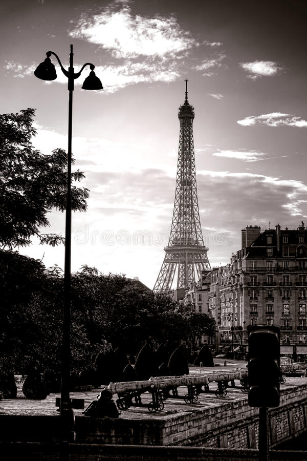 Download The Eiffel Tower Famous Paris Landmark In France Stock Photo - Image: 35055890