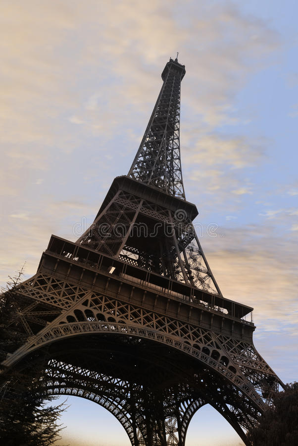 Free Eiffel Tower In Paris Royalty Free Stock Images - 13849559