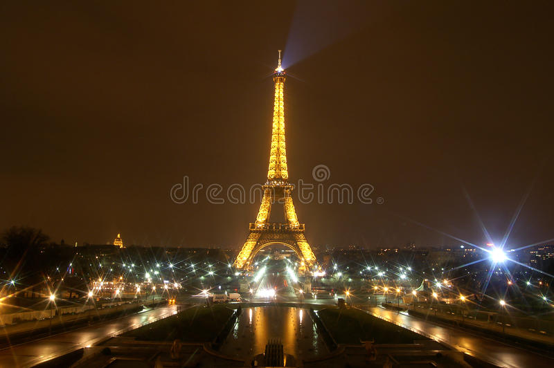 Download The Eiffel Tower In Paris, France Editorial Stock Photo - Image: 28427433