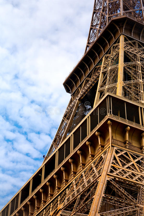 Free Eiffel Tower Renovation Royalty Free Stock Images - 15193699