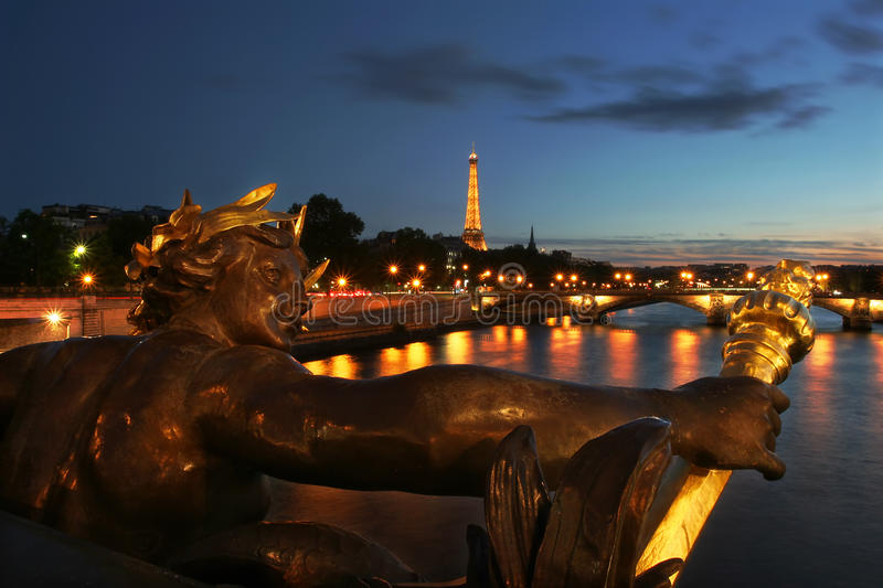 Download Eiffel Tower And Sculpture On The Bridge In Paris. Editorial Stock Image - Image: 19962394