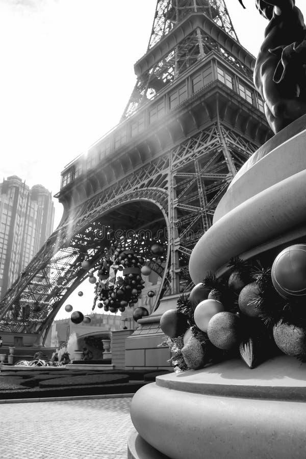 Eiffeltorn i den parisiska kasinot i Macao Kina royaltyfri foto