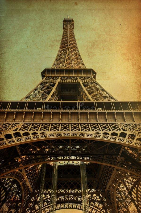Eiffeltorn med tappningpapper fotografering för bildbyråer
