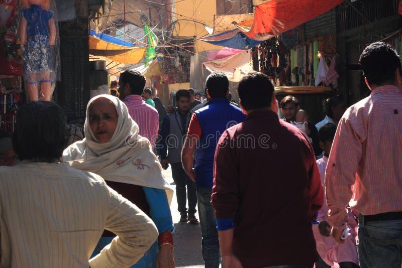 Eifrige Anhänger von Ajmer Durgah stockfotos