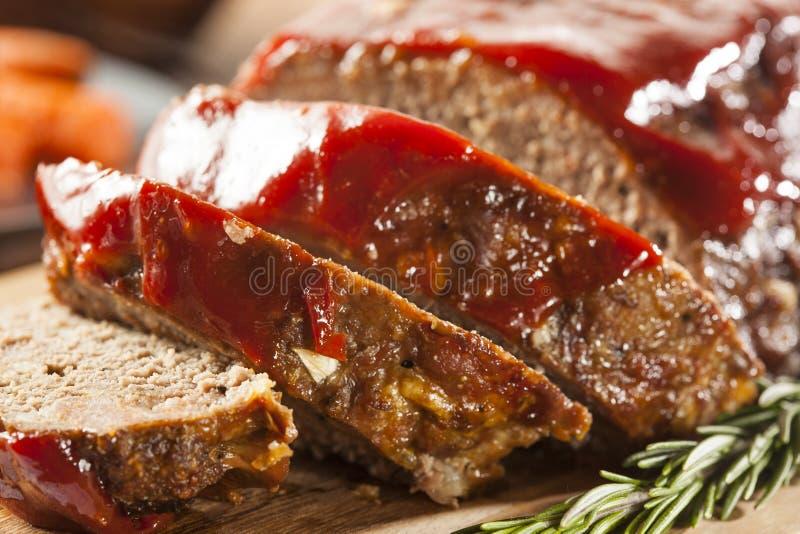 Eigengemaakt Rundergehaktgehaktbrood stock foto's