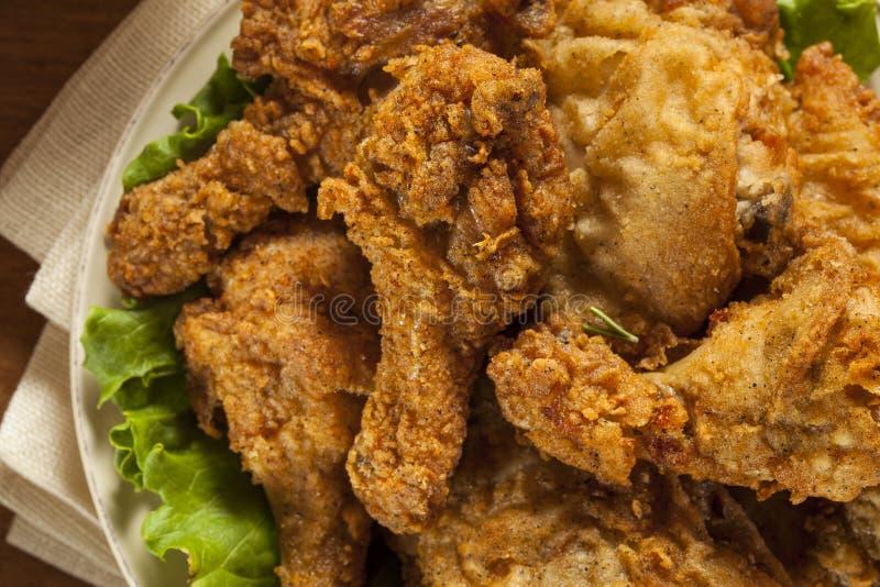 Eigengemaakt Zuidelijk Fried Chicken royalty-vrije stock afbeeldingen