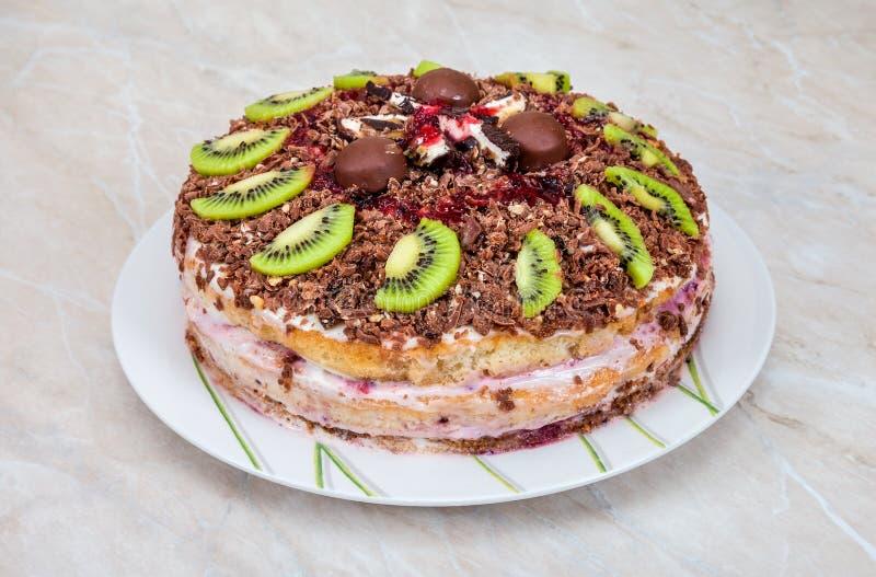 Eigengemaakte cake met vruchten royalty-vrije stock afbeeldingen