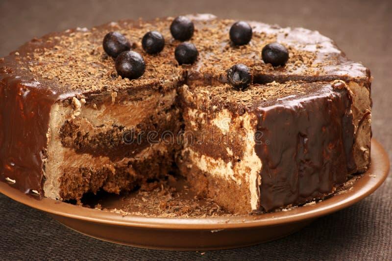 Eigengemaakte chocoladecake royalty-vrije stock afbeeldingen