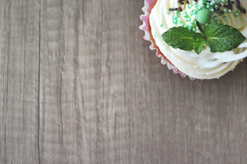 Eigengemaakte cupcake royalty-vrije stock afbeelding