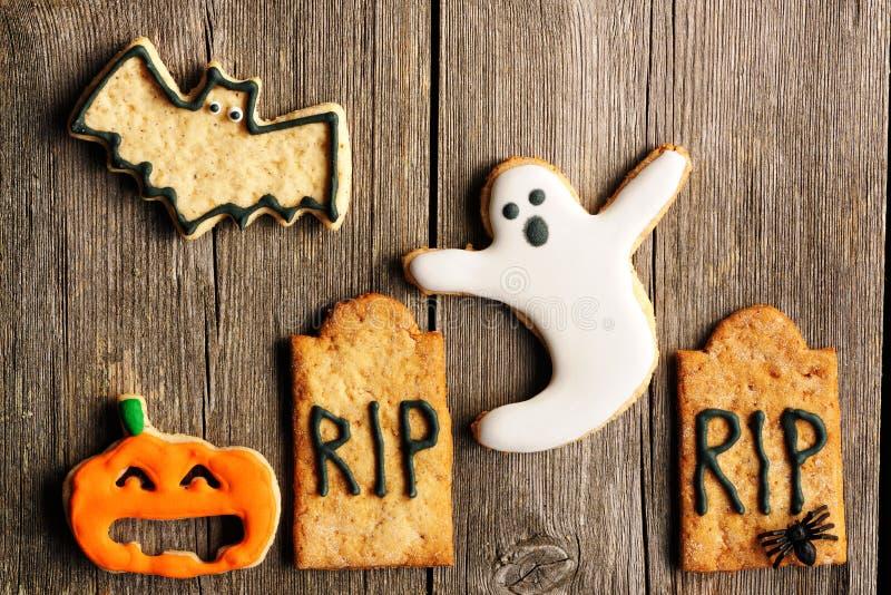 Eigengemaakte de peperkoekkoekjes van Halloween stock foto's