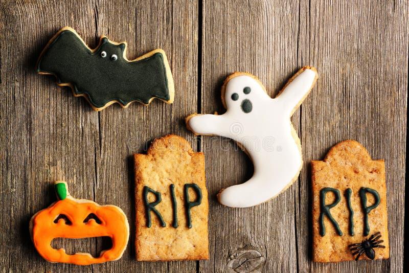 Eigengemaakte de peperkoekkoekjes van Halloween stock foto