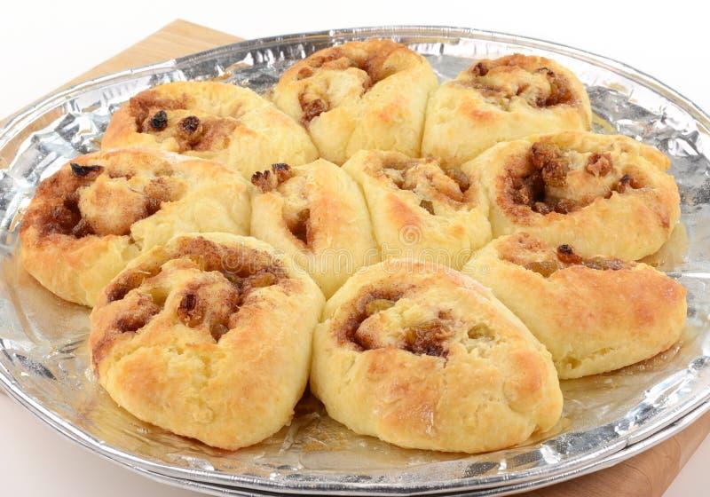 Eigengemaakte Kaneelbroodjes Stock Afbeelding