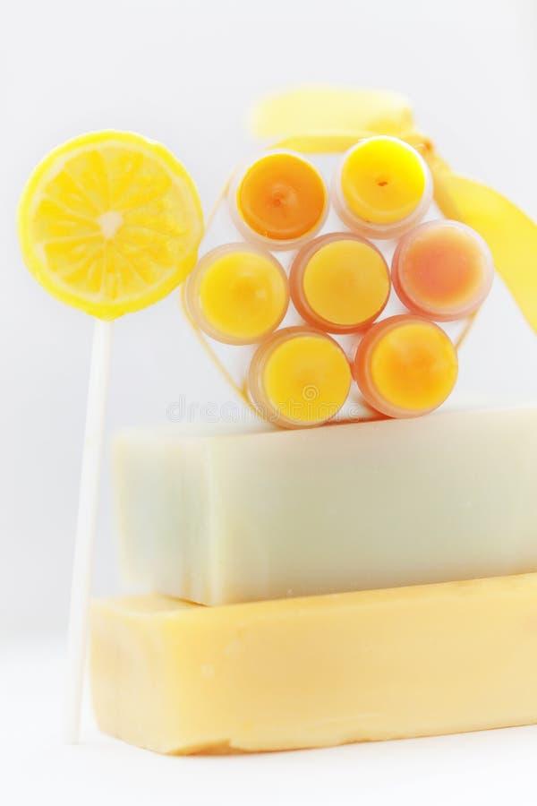 Eigengemaakte lippenpommade stock foto