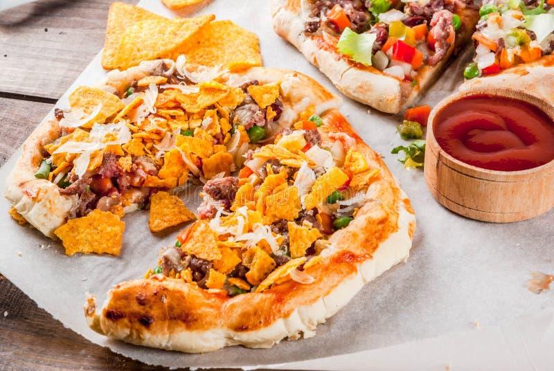 Eigengemaakte Mexicaanse Tacopizza royalty-vrije stock foto