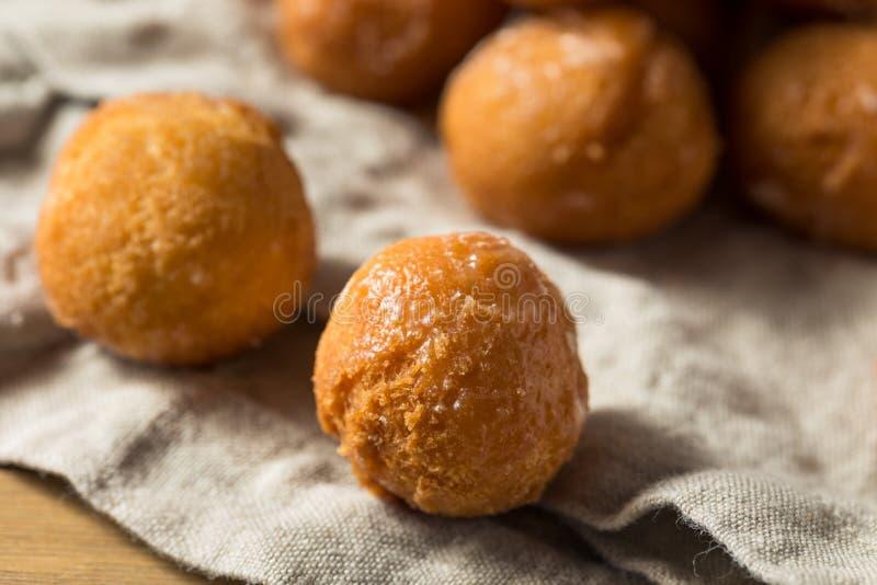Eigengemaakte Verglaasde Doughnutgaten stock afbeelding