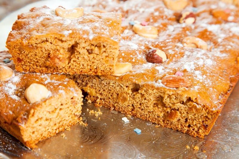 Eigengemaakte verse honingscake royalty-vrije stock foto's
