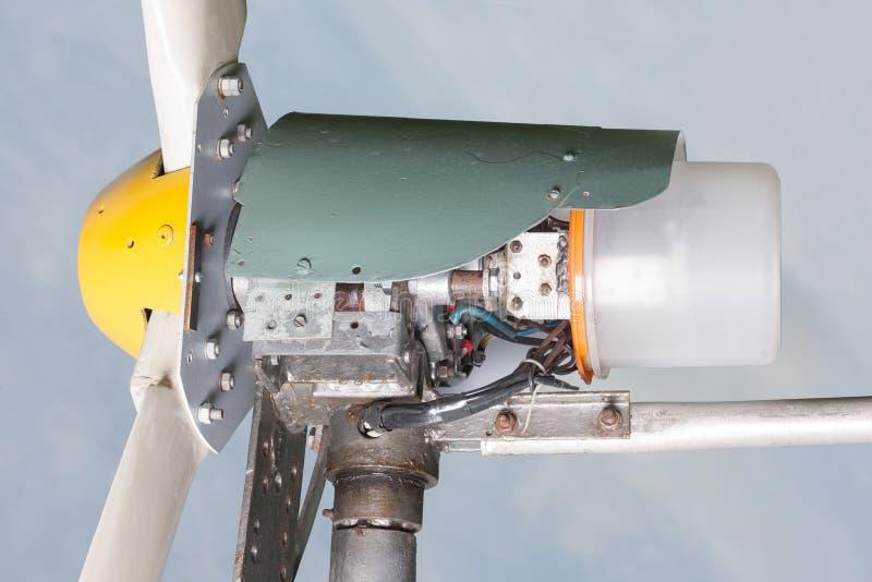 Eigengemaakte windgenerator royalty-vrije stock afbeeldingen
