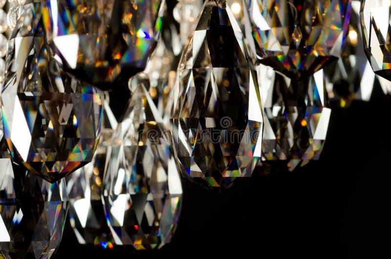 Eigentijdse de kristallenclose-up van de glaskroonluchter royalty-vrije stock foto's