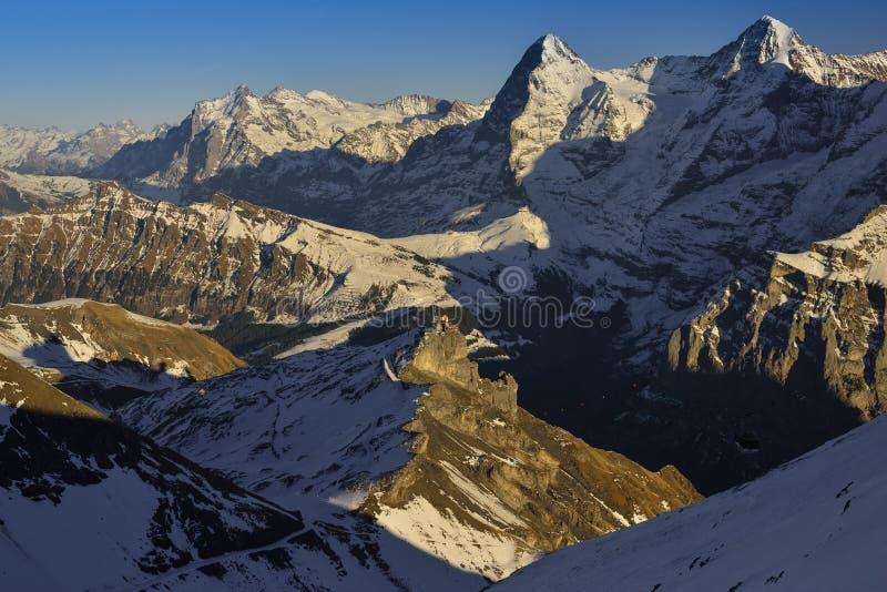 Eiger и Monch от швейцарца Альпов стоковое изображение rf