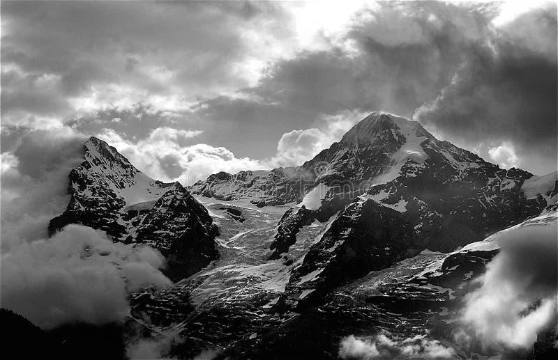 Eiger y Monch poderosos fotografía de archivo
