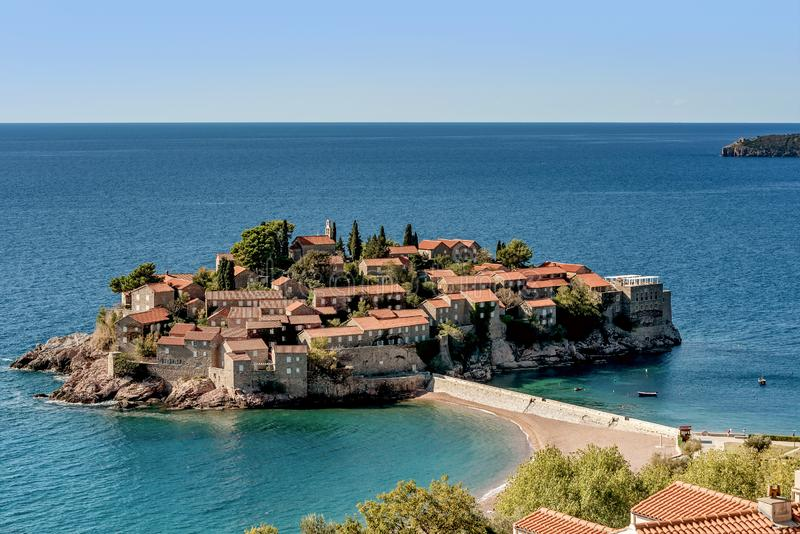 Eiland Sveti Stefan St Stephan in Budva, Montenegro stock foto