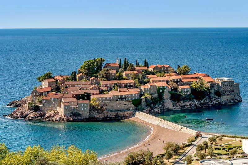 Eiland Sveti Stefan St Stephan in Budva, Montenegro royalty-vrije stock fotografie