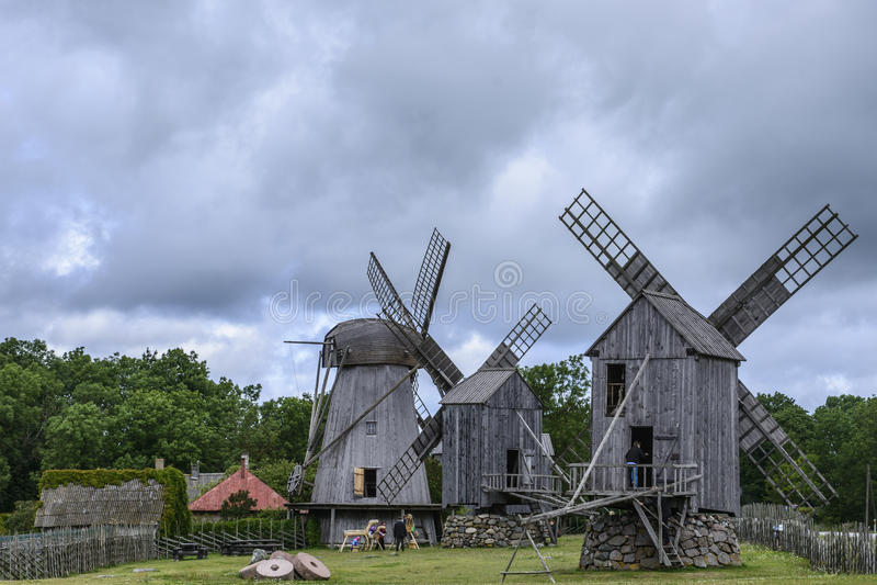 Eilandsaaremaa, Estland, Europa, de molens van angla royalty-vrije stock fotografie