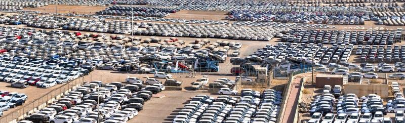 EILAT, ISRAEL - 4 DE ENERO DE 2018: Opinión sobre puerto comercial del cargo marino en Eilat fotografía de archivo
