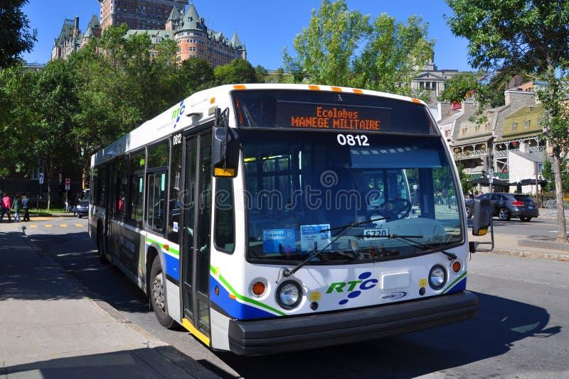 Eilbus Québec-Stadt RTC, Kanada stockbilder