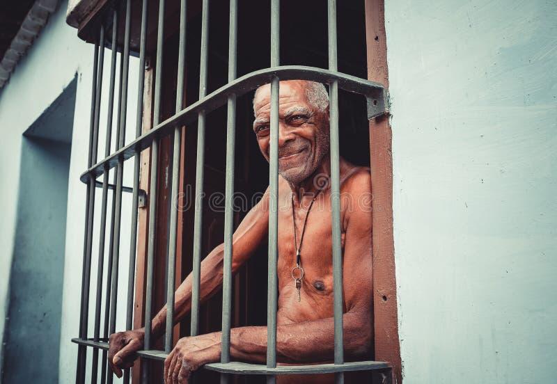 Ein älterer Mann stockbilder