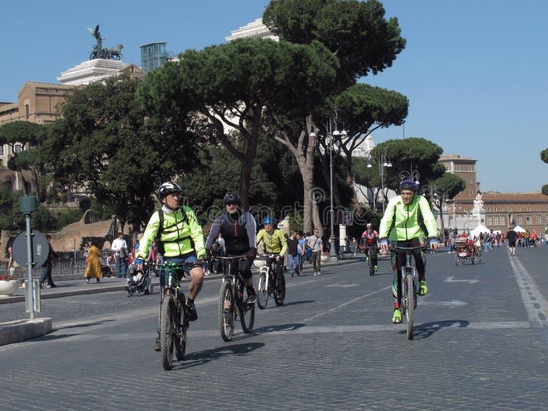 Ein ökologischer Tag in Rom stockfotografie