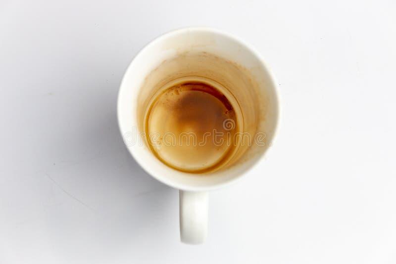 Ein Abschluss oben einer schmutzigen Kaffeetasse lizenzfreie stockfotografie
