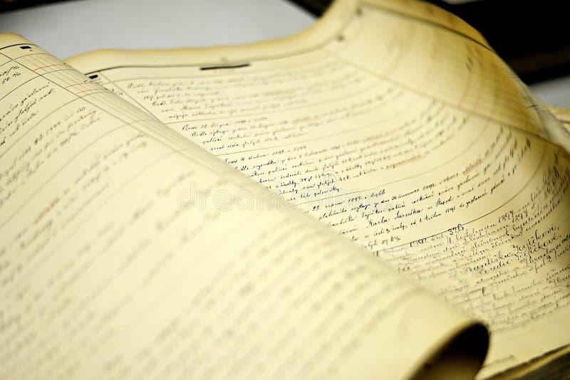 Ein altes Buch eines Grundbuches lizenzfreies stockbild