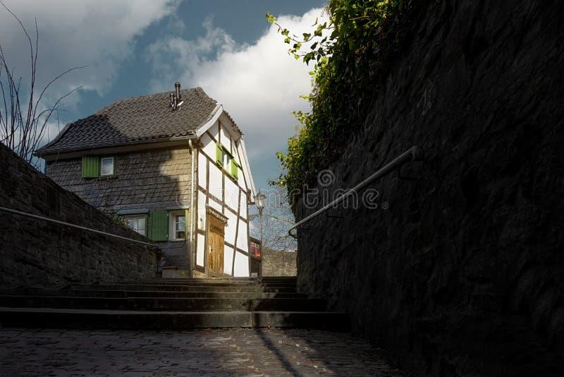 Ein altes Framehouse in Deutschland/in Hattingen stockbilder