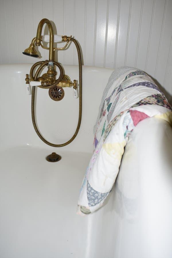Ein amerikanisches Badezimmer des Südwestens, 2 stockfotos