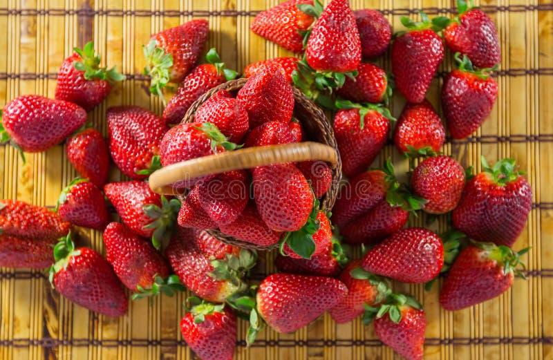 Erdbeeren II lizenzfreie stockfotografie