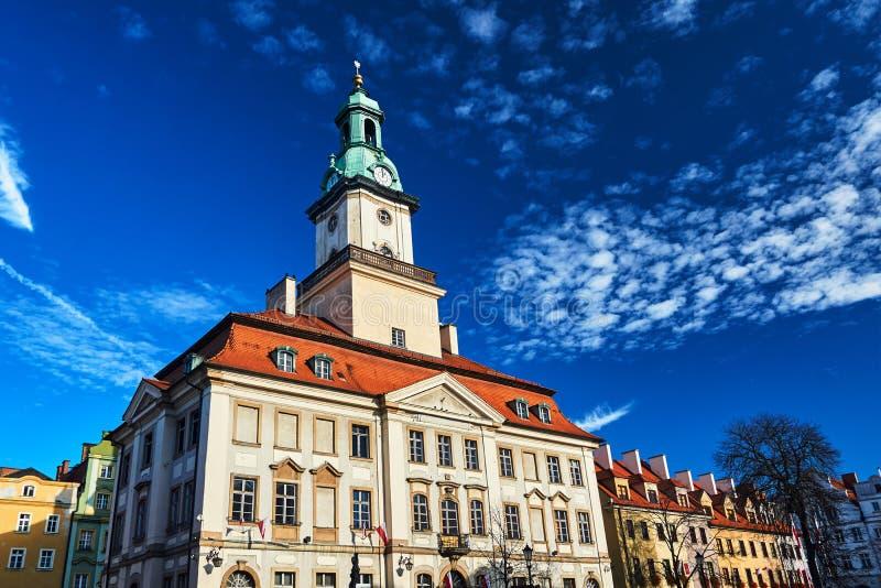 Ein barock-classicistic historisches Rathaus stockbild