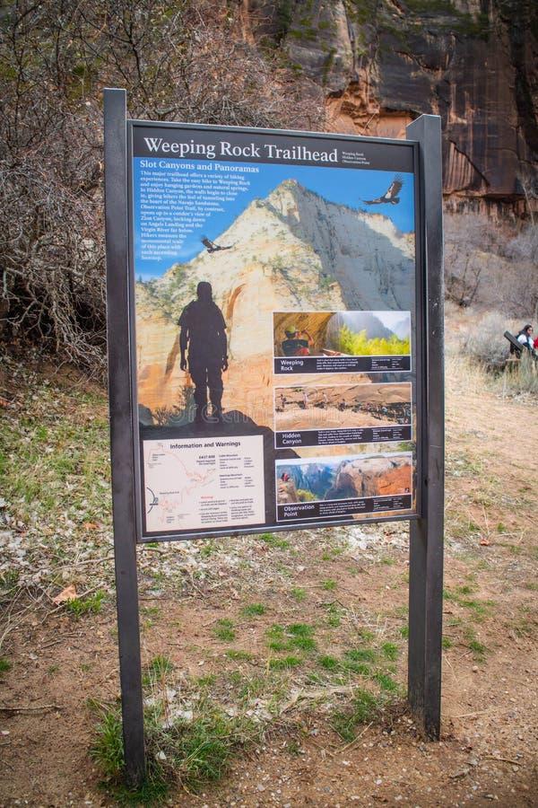 Ein Beschreibungsbrett für die Spur in Zion National Park, Utah lizenzfreies stockbild