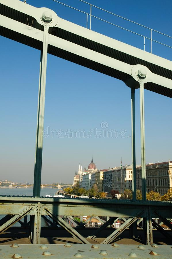 Brücke in Budapest, Ungarn. lizenzfreie stockfotos