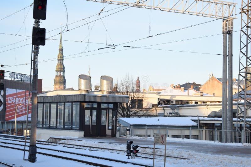 Ein Blick von der zentralen Bahnstation von Riga stockbild
