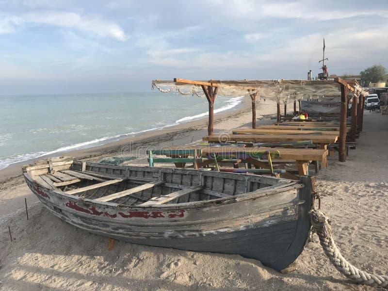Ein Boot bereit, an zu segeln stockfoto