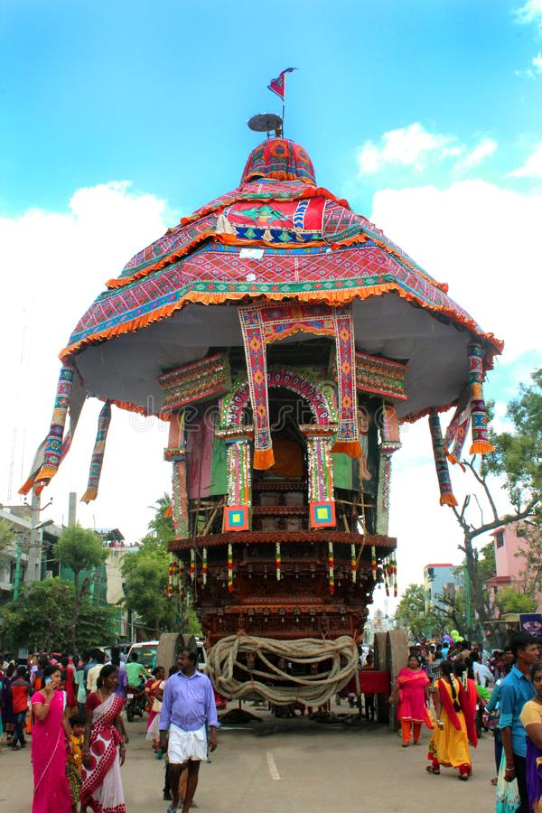 Ein des parivar Tempelautos am großen Tempelautofestival des thiruvarur sri thyagarajar Tempels stockfoto