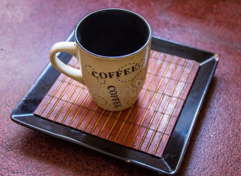 Ein einfacher Tasse Kaffee stockbild