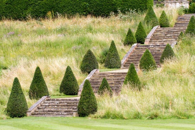 Ein englisches prächtiges Hausgartentreppenhaus lizenzfreie stockfotos