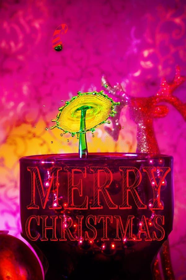 Ein frohe Weihnacht-Wasser-Tropfen-Bild stockfotos