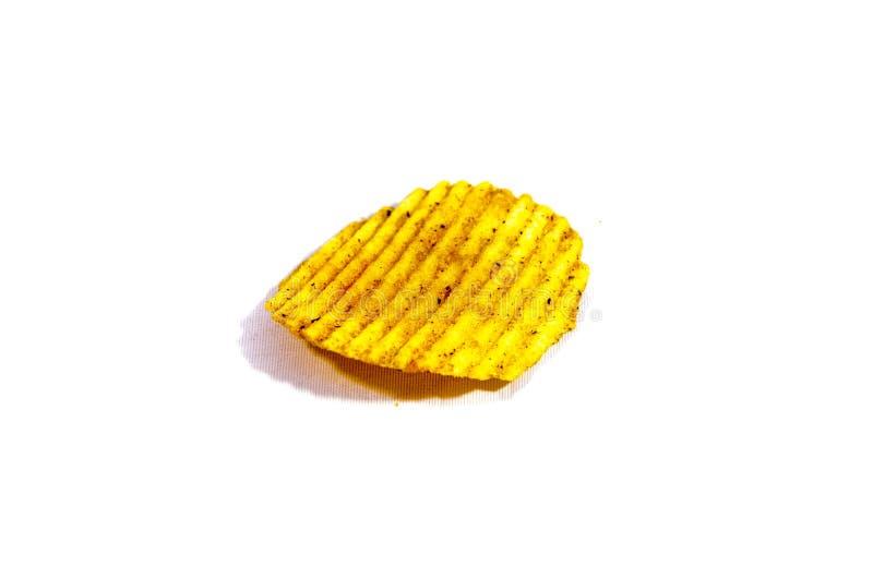 Ein großer Kartoffelchip mit Kanten stockfoto