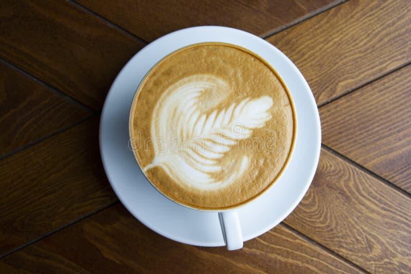 Ein großer Schlamm aromatisierten Cappuccino stockfoto