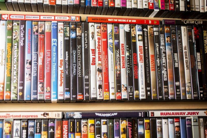Ein Hintergrund von klassischen Filmen auf DVD lizenzfreies stockfoto