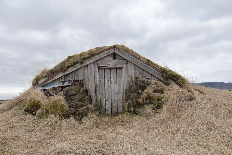 Ein isländisches Rauchhaus lizenzfreies stockfoto