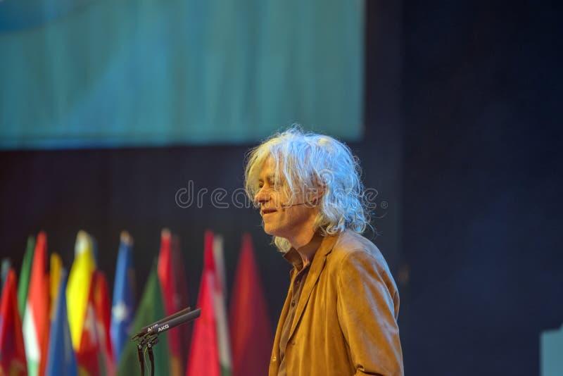 Ein junger Weltgipfel bei Den Haag City The Netherlands 2018 Bob Geldolf In Action stockfotos